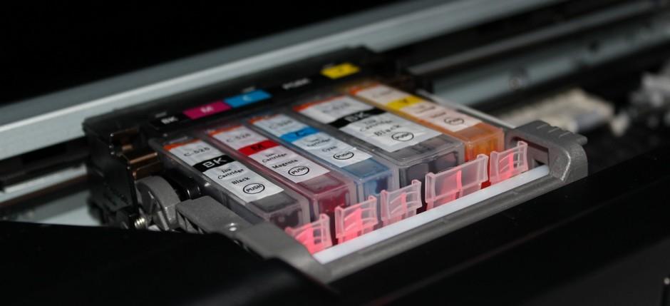 Właściwy tusz lub atrament decyduje o jakości wydruku oraz trwałości urządzenia