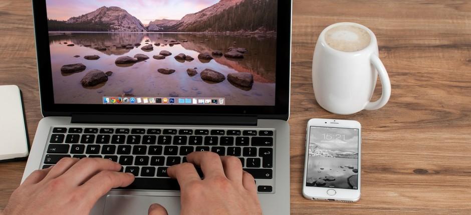 Porządek na biurku znacznie poprawia komfort pracy